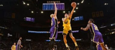Debut del mexicano Juan Toscano en la NBA