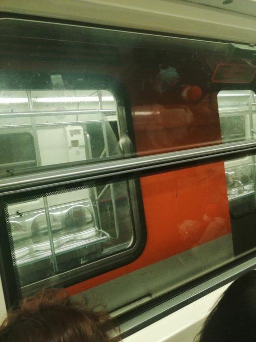 Caos en la Linea 2 del metro