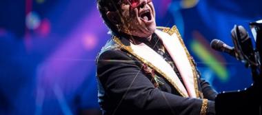 Elton John fue diagnosticado con neumonía durante su gira en Nueva Zelandia