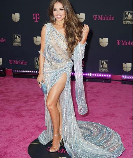 Thalia a sus 48 años de edad es coronada como la mejor vestida de los Premios Lo Nuestro