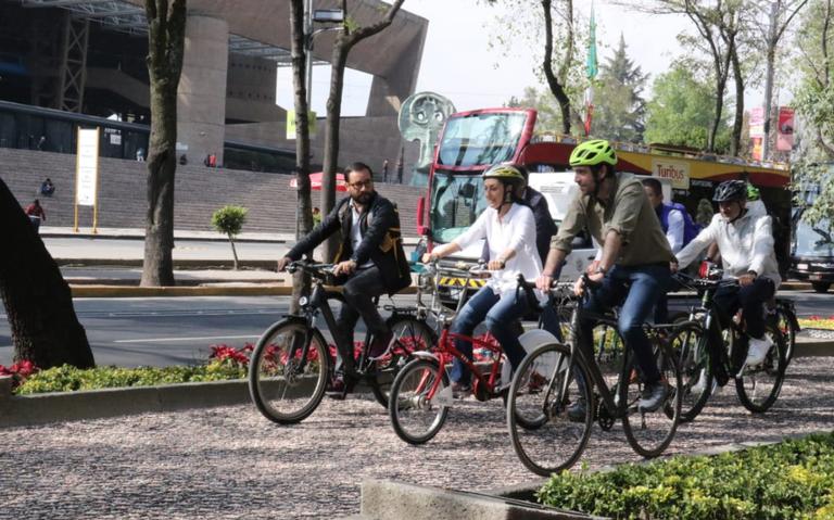 Ciclistas seguros: inauguran nueva vía para rodar en Reforma