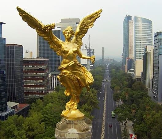 Impiden que taxistas se manifiesten en el Ángel de Indepedencia