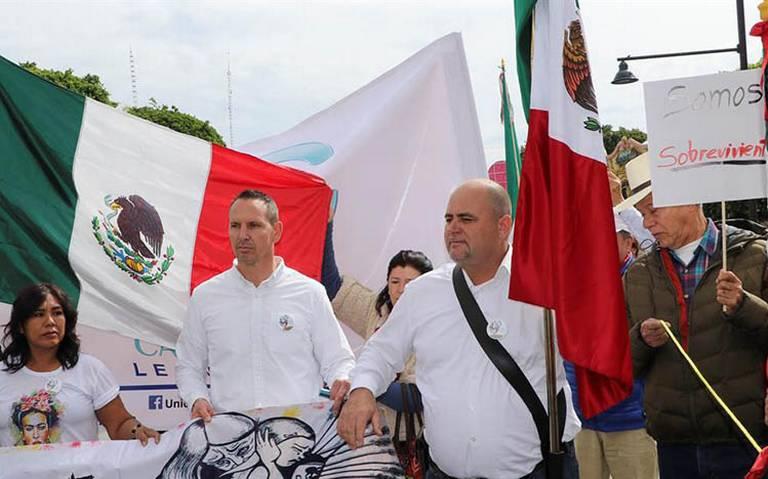 Familia LeBarón marcha en Léon para exigir paz y justicia