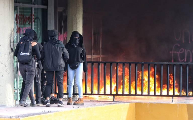 """Acusa AMLO """"mano negra"""" en protestas de la UNAM"""
