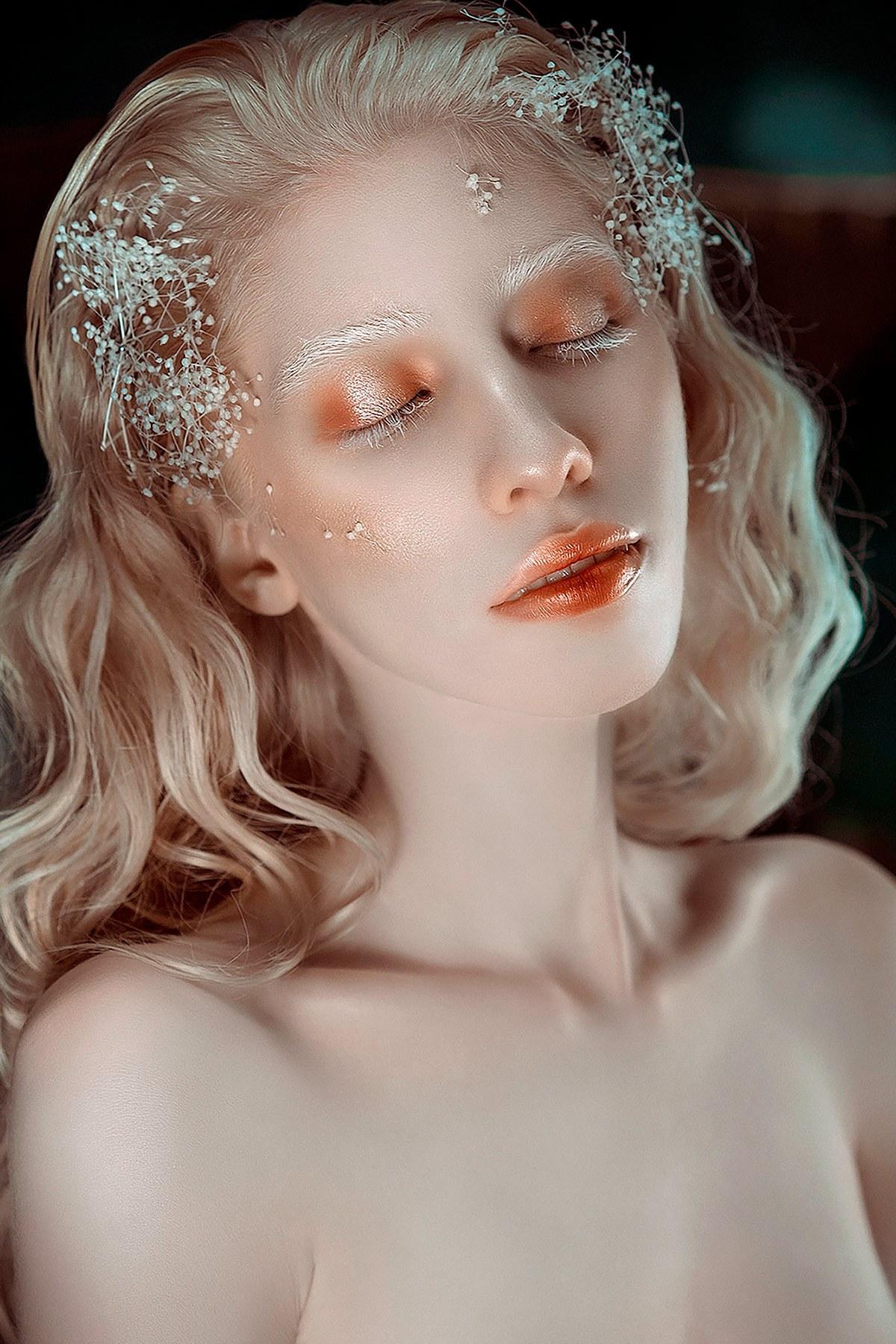 Conoce a la mexicana Ruby Vizcarra albina que rompe con los paradigmas de belleza del mundo