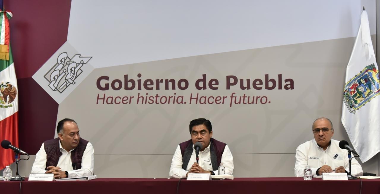 """""""Los infectados son ricos, los pobres somos inmunes"""": Miguel Barbosa"""