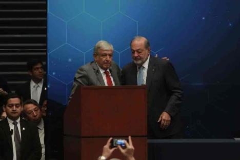 López Obrador, pide a empresas no despedir a empleados