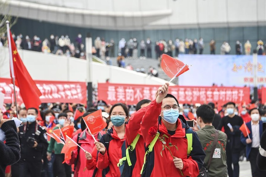 China levantará cuarentena en Hubei a pesar de un leve repunte de COVID-19