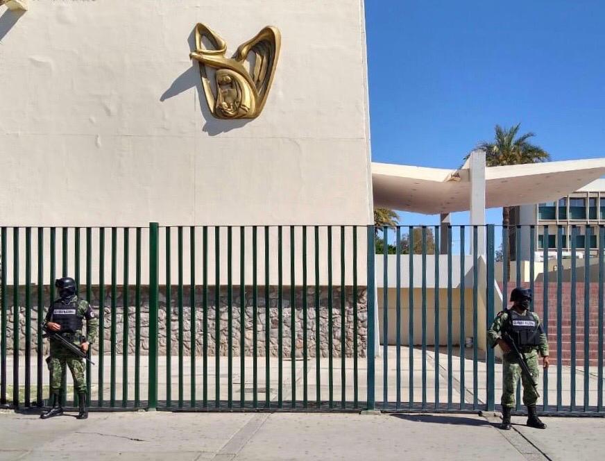 Inicia despliegue de la Guardia Nacional para apoyar seguridad de 184  unidades hospitalarias