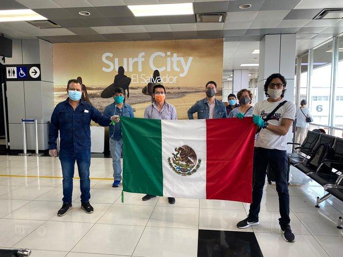 Aún permanecen 2 mil 743 mexicanos varados en varios países.