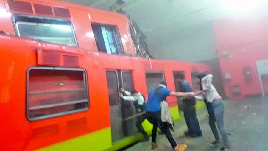 Detienen a trabajadora del metro por choque de trenes en Tacubaya