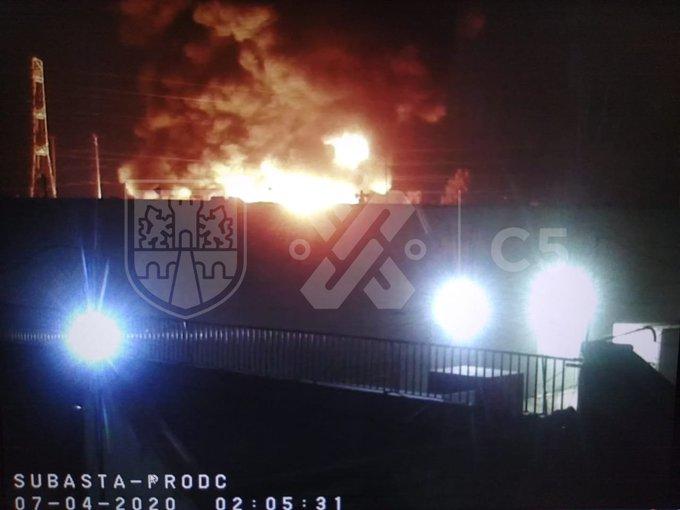 Brinda Gobierno capitalino atención a víctimas de incendio en Central de Abastos