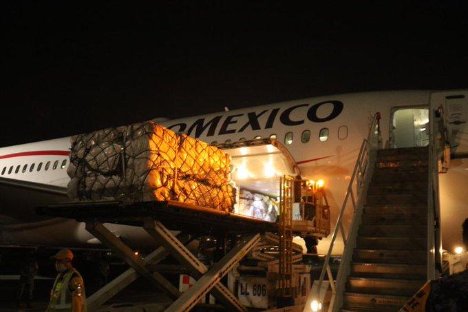 Llega a México segundo cargamento con 10 toneladas de insumos médicos de China
