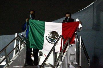 Regresan al país 161 mexicanos provenientes de Bolivia y Perú