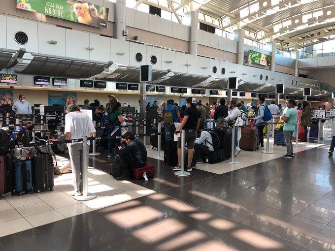 Exhortan a los mexicanos a evitar viajes no esenciales durante Semana Santa