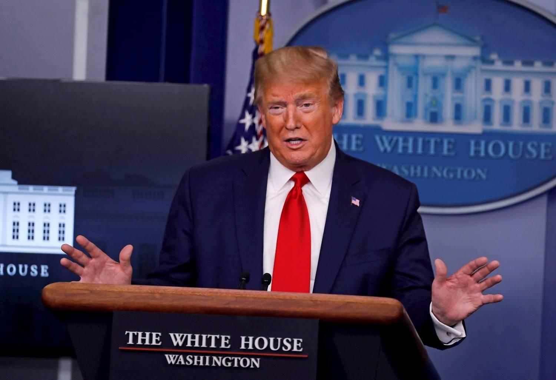 Trump suspende la inmigración a EUA durante al menos 60 días