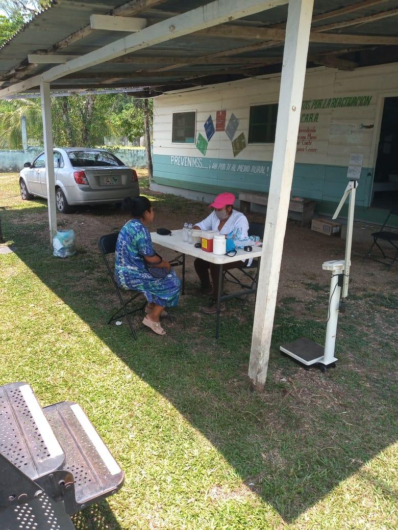 Realiza acciones de atención y prevención de COVID-19  en comunidades de la Selva Lacandona