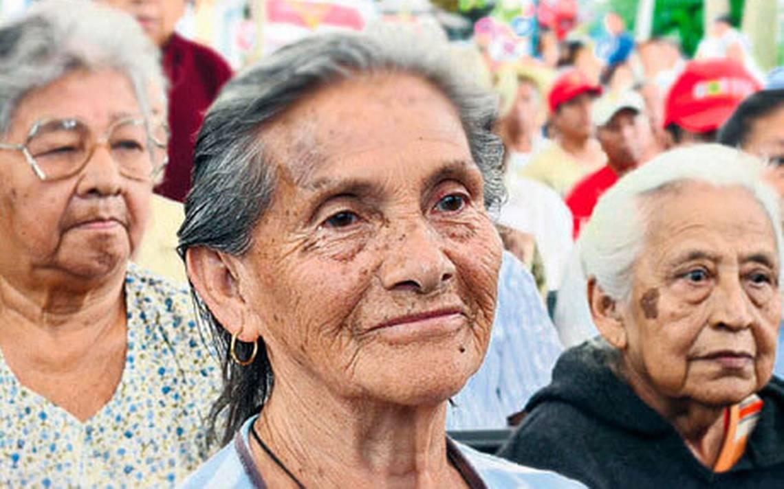 Recomienda interacción con  adultos mayores para contrarrestar depresión por confinamiento con medidas de Sana Distancia