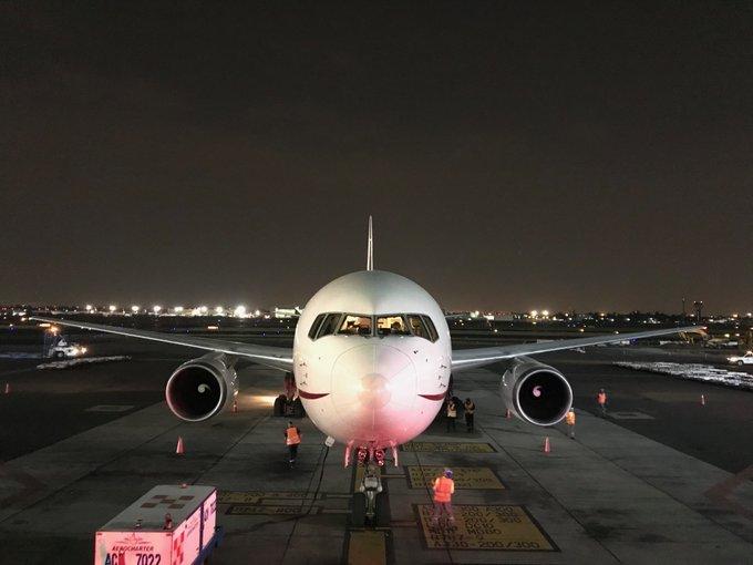 Arribó a México un vuelo de Buenos Aires, Argentina, con medicamentos oncológicos para todo el Sector Salud