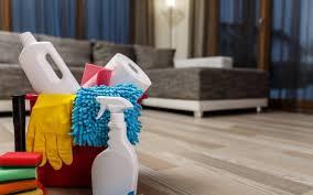 Desinfecta objetos como mesas, sillas o aparatos electrónicos durante contingencia por COVID-19