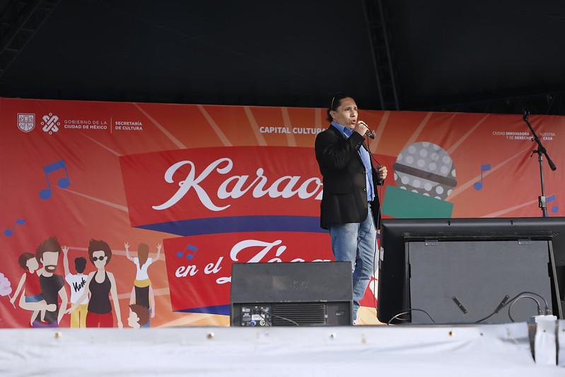 Viernes de Karaoke en casa rendirá homenaje al personal del sector salud