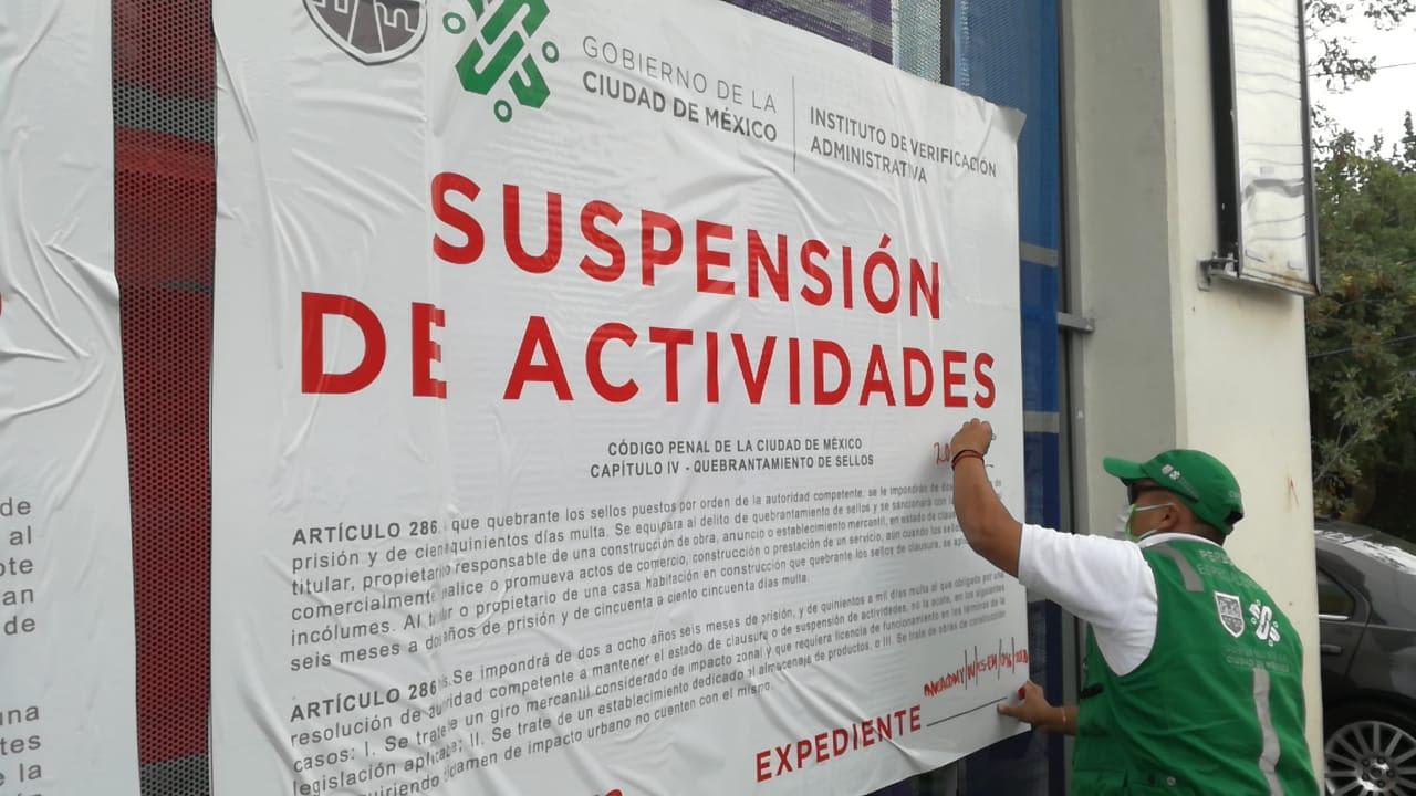 INVEA revisa que comercios no esenciales suspendan actividades