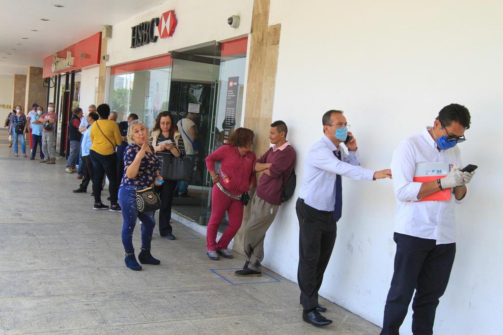 Acuerdan acciones para evitar contagios de COVID-19 en bancos