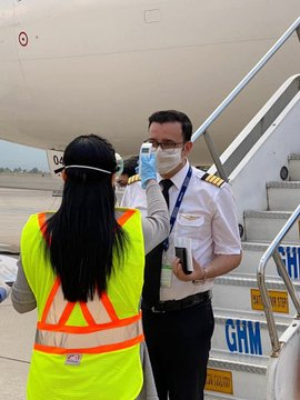 Acuerdan Salud Edomex y Aeropuerto Internacional de Toluca protocolo para prevenir COVID-19