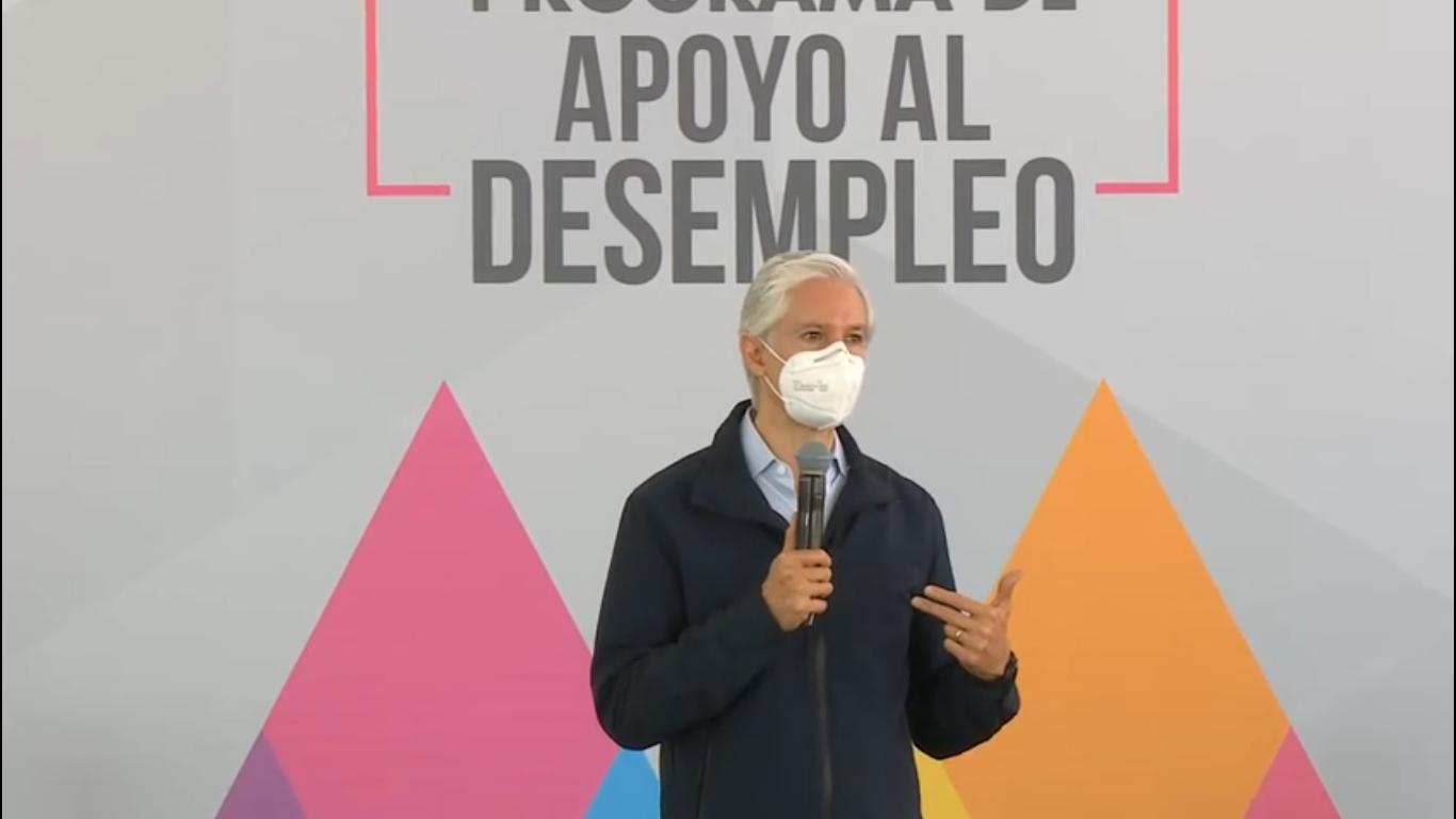 Alfredo del Mazo comienza entrega de apoyo económico para desempleados