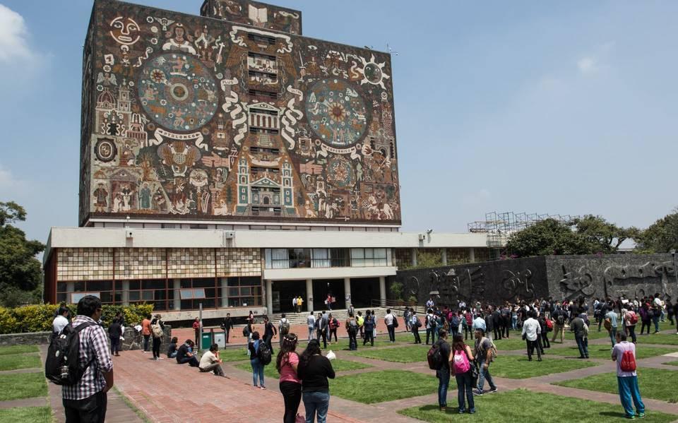 La UNAM prestará tabletas a alumno de escasos recursos para que no dejen la escuela