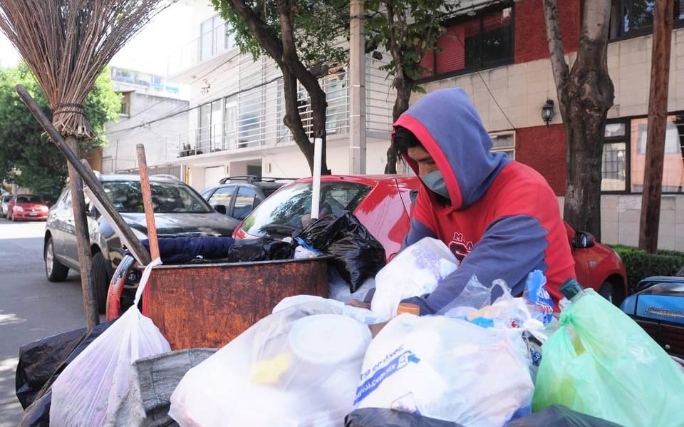 Trabajadores de limpia en riesgo por mal control sanitario