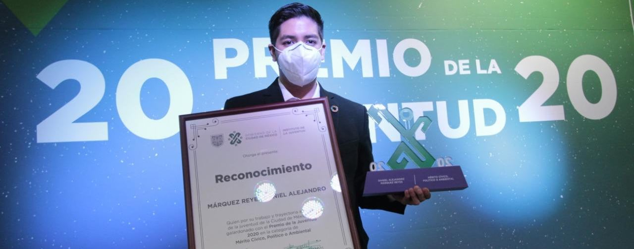Galardonan a politécnicos con el Premio de la Juventud 2020