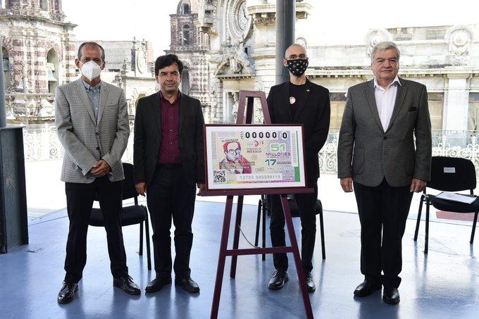 Develación del billete de lotería conmemorativo por el décimo aniversario luctuoso de Carlos Monsiváis