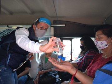 Capacitan promotores de salud del ISEM a más de 9 mil choferes del transporte público