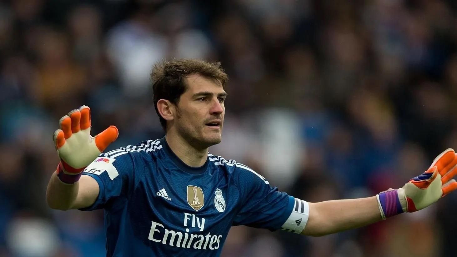 Iker Casillas culmina su carrera en el futbol