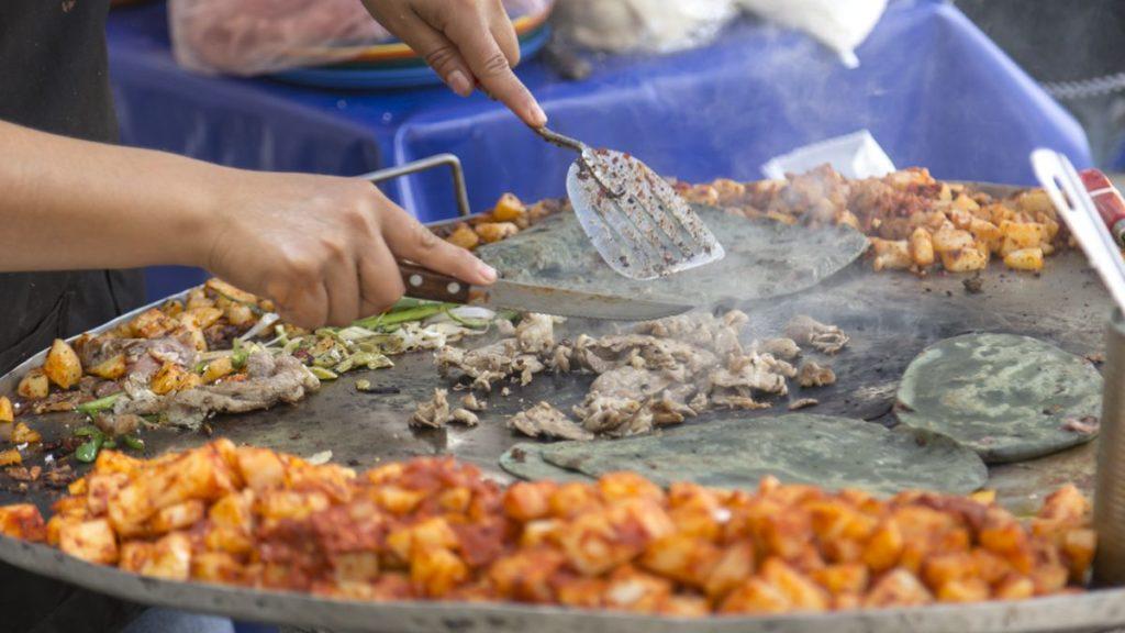 Ciudad de México se despide temporalmente de comida callejera