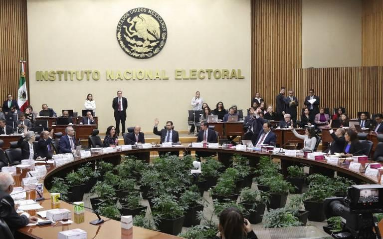 INE valida registro a siete agrupaciones políticas