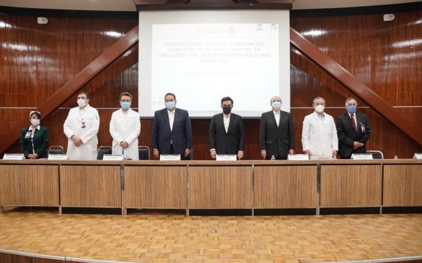 Toma protesta nuevo director del Hospital de Oncología del Centro Médico Nacional Siglo XXI
