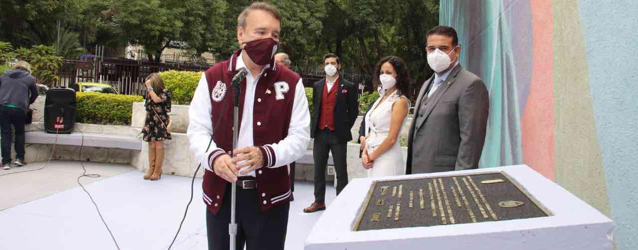 """Rinde homenaje Gobierno de México a los """"Héroes de Blanco"""" en el IPN"""