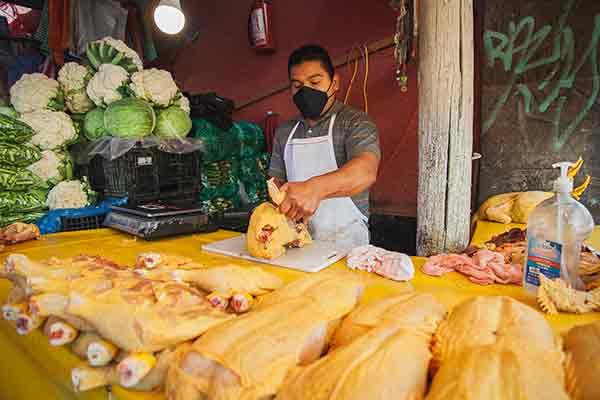 Mínimo riesgo de que alimentos higiénicos transmitan covid-19: UNAM
