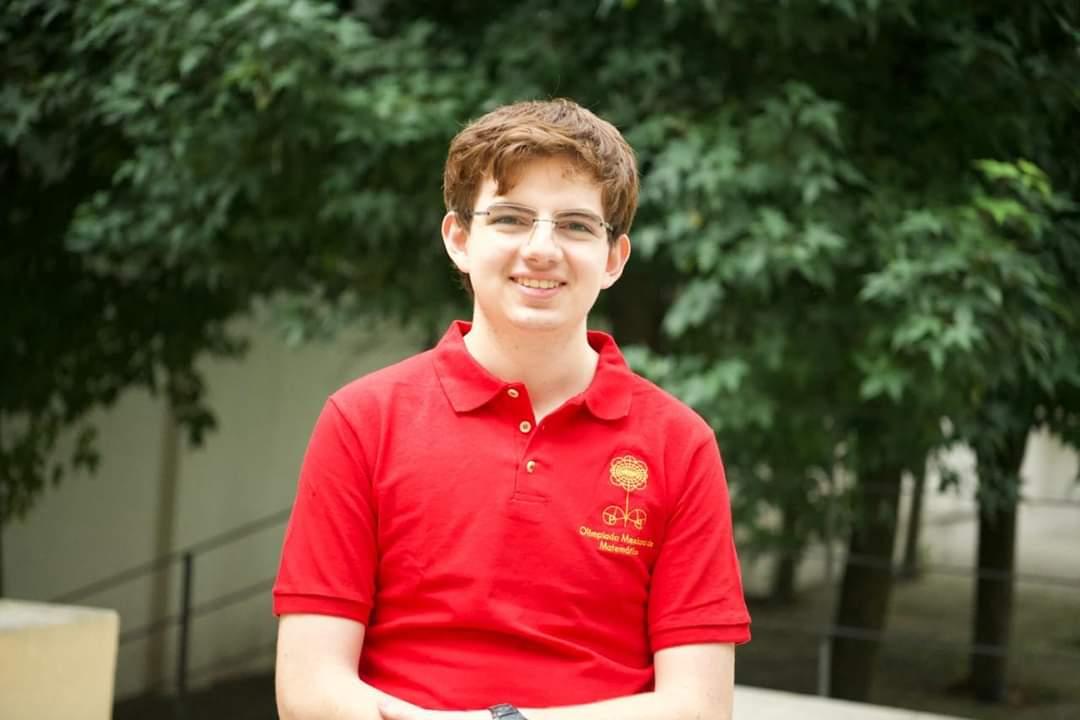 Tomás Cantú, joven mexicano ganador de la medalla de oro en Olimpiada Internacional de Matemáticas
