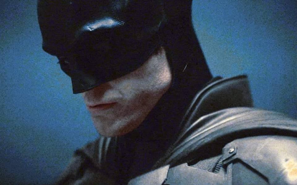 "En peligro rodaje de ""The Batman"" existen rumores que Robert Pattinson dio positivo a COVID-19"