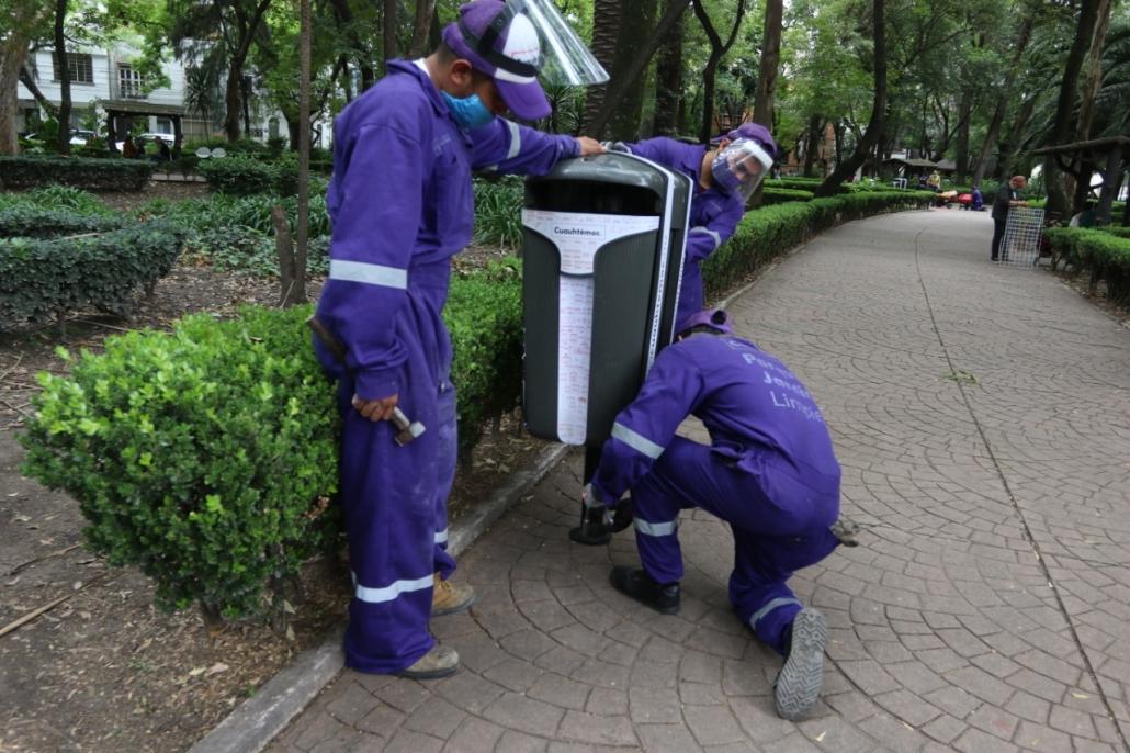 Instala cuauhtémoc más de 300 contenedores de residuos en parques y jardines