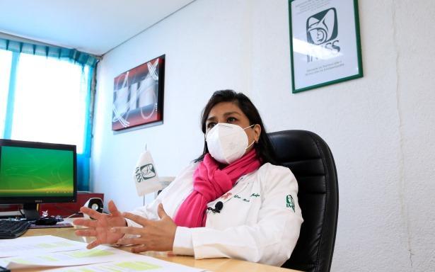 La detección oportuna del cáncer de mama comienza a los 20 años, con autoexploración y conocimiento del cuerpo: IMSS