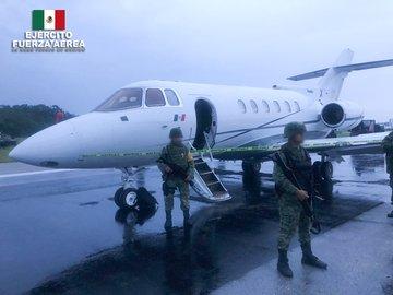 Ejército asegura aeronave y más de una tonelada y media de probable cocaína en Quintana Roo