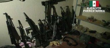 Ejército Mexicano y Fiscalía General de la República aseguraron armas de fuego y diverso equipo táctico en el estado de Jalisco