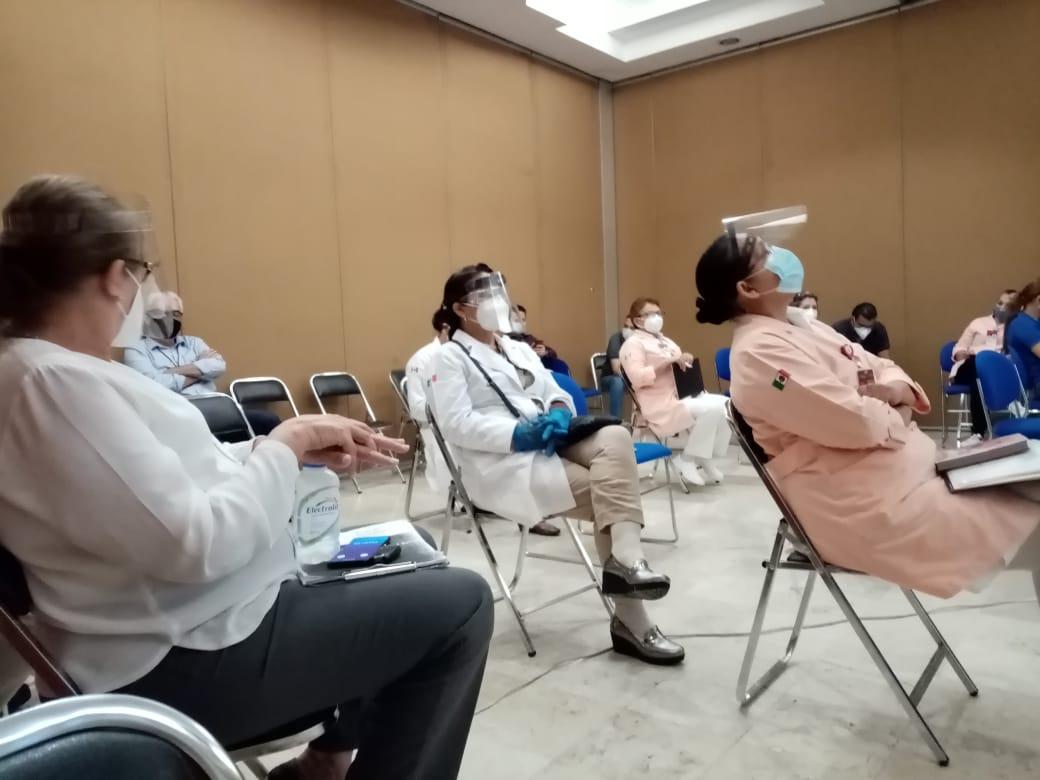 Se han capacitado de manera virtual a más de 10 mil trabajadoras y trabajadores de la salud en la prevención y control del virus SARS CoV-2