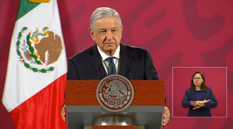 """""""Los vamos a proteger y a tratar bien"""", dice AMLO a simpatizantes de FRENAAA instalados en el Zócalo"""