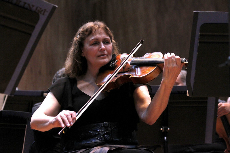 Orquesta Filarmónica de la Ciudad de México comparte charlas y conciertos para disfrutar en casa