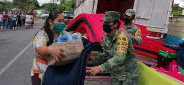 El Ejército Mexicano y la Fuerza Aérea Mexicana trasladan más de 200 toneladas de víveres al estado de Tabasco